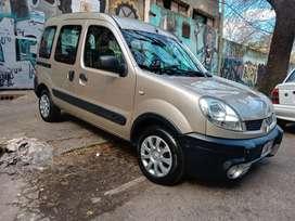 Renault kangoo confort full 2013 diesel con 78mil km unico dueño permutaria