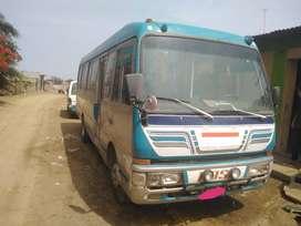 Vendo minibus y custer mitsubishi