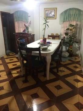 Casa con dos departamentos en Azogues, sector 16 de abril