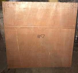 Estiba de madera. Tablón de 95 cm x 95cm