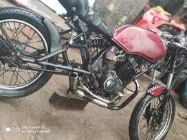Vendo moto modelo cafe racer