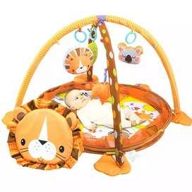 Bebes gimnasio leon picina de pelotas crece conmigo