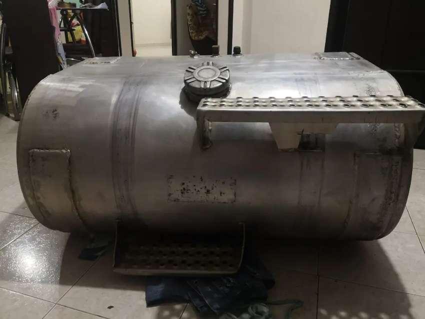 Se venden tanques en aluminio de 75 galones