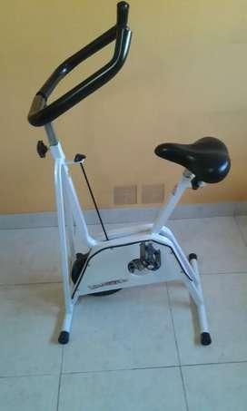 Bicicleta fija impecable