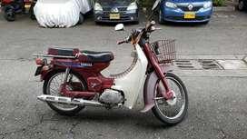 Vendo hermosa moto yamaha V 80