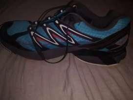 Vendo zapatillas Salomon acs 2 mitre número 38.5