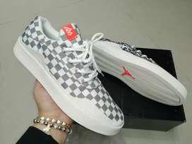 Tenis Nike Jordan caballero