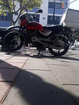 busco  travajo  de motorizado  moto  propia al día
