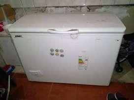 Freezer BRIKET 330 LTS. MESES DE USO