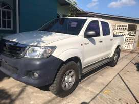 Vendo Hilux Semi Full 2015 4x4