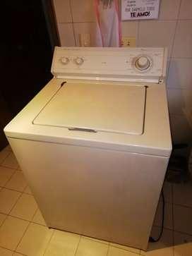 Vendo lavadora wirlpoil