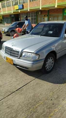 Mercedes Benz C280 Como Nuevo