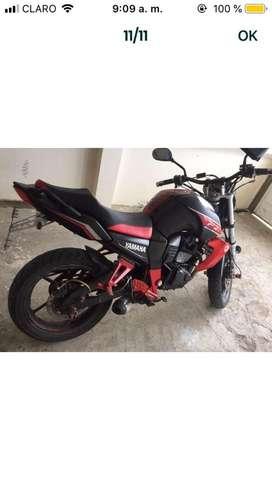 Vendo moto en buen estado marca z1 replica de la fz
