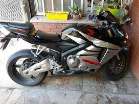 Vendo CBR 600 RR