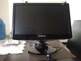 Monitor SAMSUNG B1930 19 Pulgadas Súper Económico