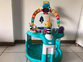 Andadera estacionaria fisher price