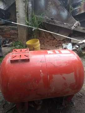 Se vende tanque hidroflo 200 lt a 400.000 mil pesos