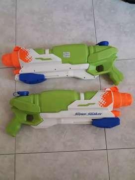 Vendo pistolas de agua 2 litros