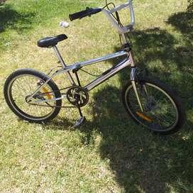 Bicicleta rodado 20 BMX freestyle