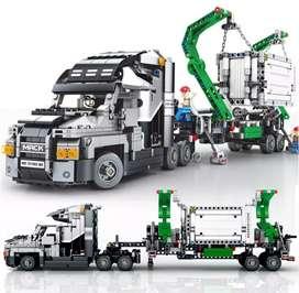 Tractomula Mack replica  Lego
