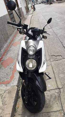 Vendo moto Bws 2017