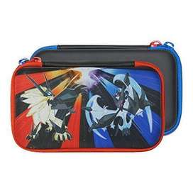 Funda dura HORI para New Nintendo 2DS XL Pokemon Ultra Sun Ultra Moon