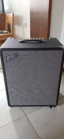 Vendo amplificador para bajo Fender Rumble