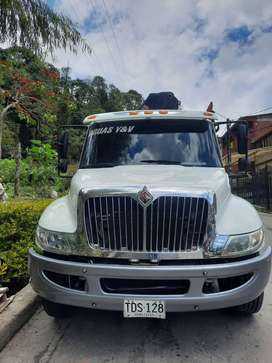 camion grua articulada