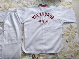 Vendo uniformes de taekwondo niño