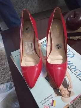 Vendo zapatos nuevos,americanos talla6 1/2