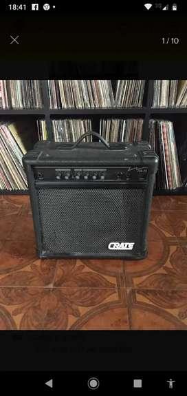 Vendo amplificador de guitarra CRATE eeuu