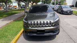 12. JEEP CHEROKEE TRAILHAWK 2015