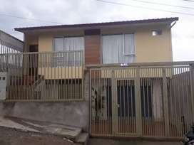 Se Vende Casa recién construida con terreno.