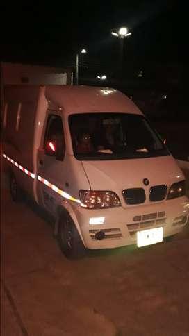 DFM Camioneta Vans carga furgoneta. 2012.