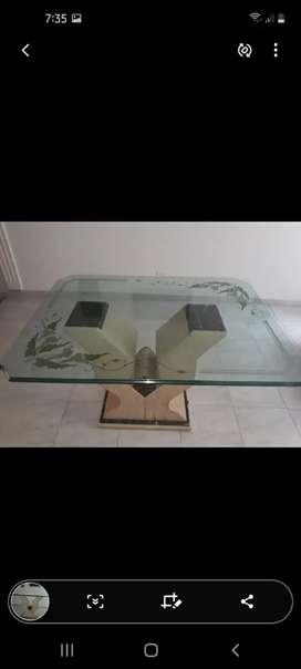 Vendo mesa en marmol en buen estado