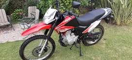 Vendo moto cross Corven Triax 200cc