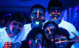 Fiesta neon, alquiler de reflectores neon, animación, maquillaje fluorescente
