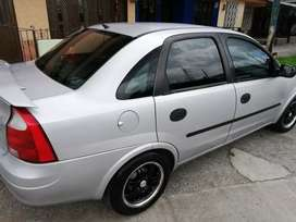 Vendo Corsa Evolution. Mod 2003. Excelente Estado. Carro familiar.