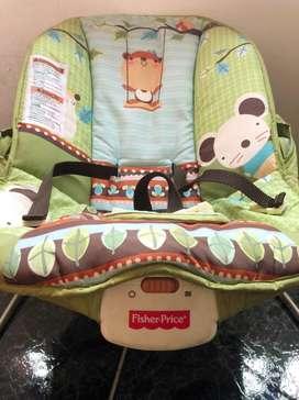 Vendo silla mecedora para bebes