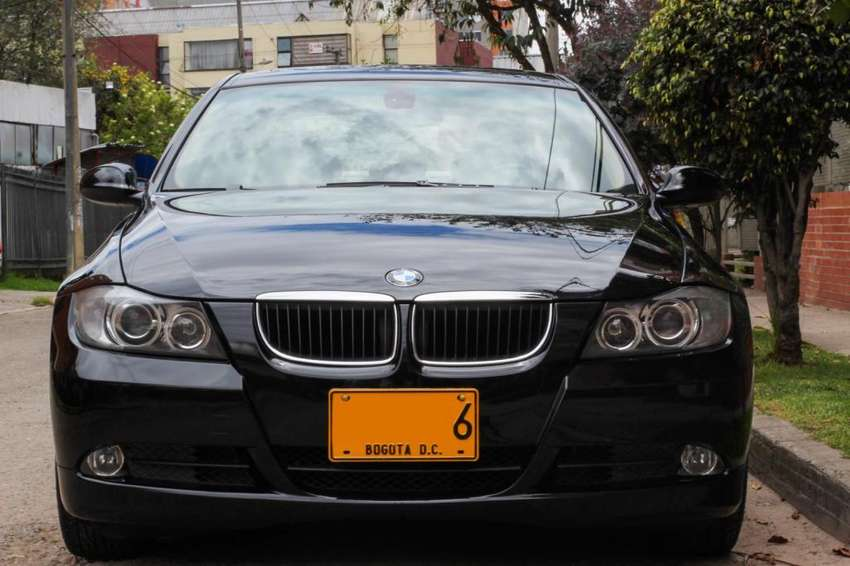 BMW 320i - 2006 0