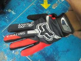 Guante para Ciclismo o moto dedo largo y táctil FOX.
