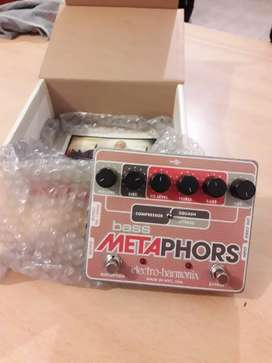Pedal electro-harmonix para bajo
