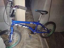 Bicicleta marco gw 229.000  negociables comuneros