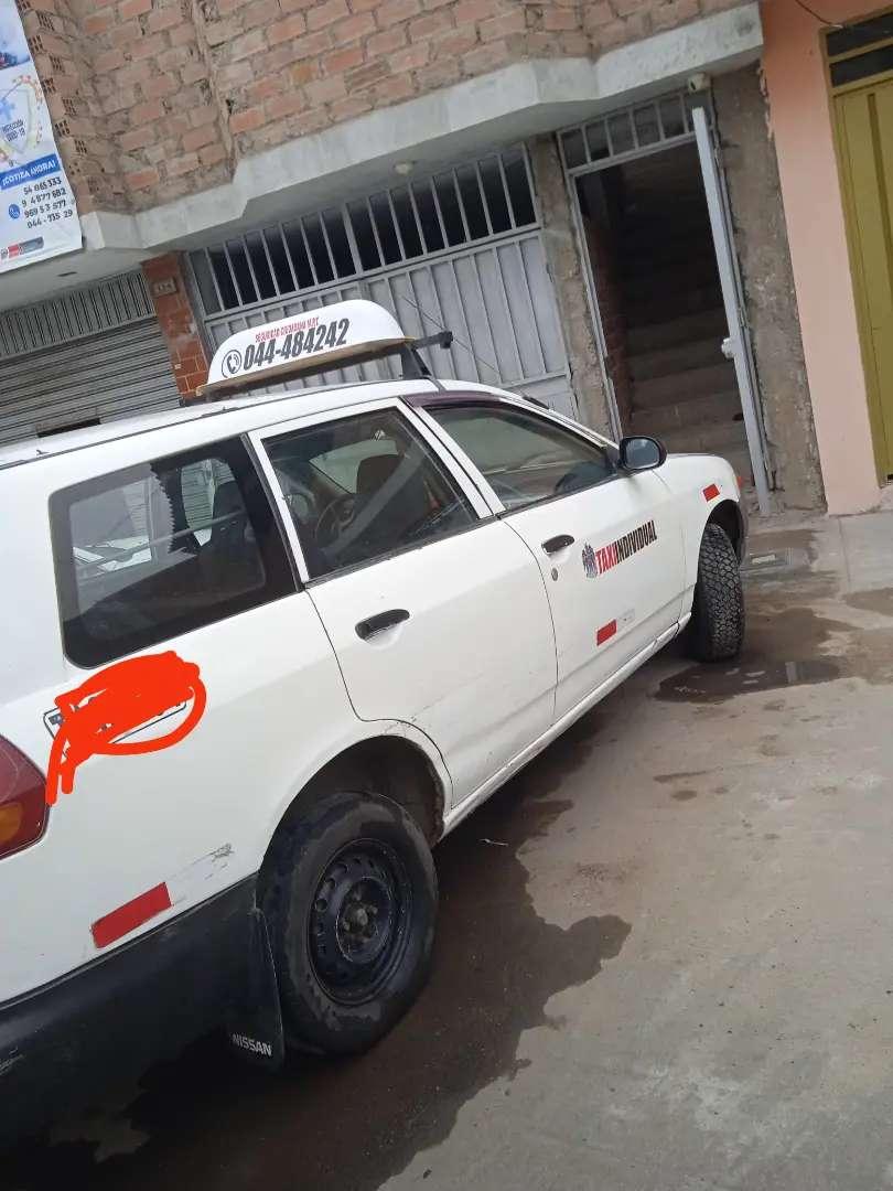 Se vende Nissan AD año 2003