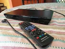Regalo Blue Ray DVD player  Panasonic casi nuevo