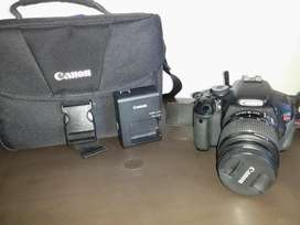 Canon EOS Rebel T3i  Bolso Canon  Memoria SD 8 GB Perfecto Estado