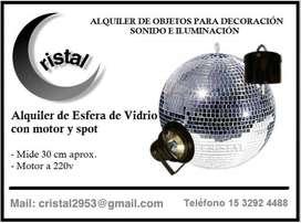 Alquiler de bola de vidrio con motor y pin spot en Cristal Alquiler