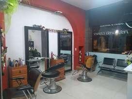Venta de centro de estética y peluquería bien acreditada