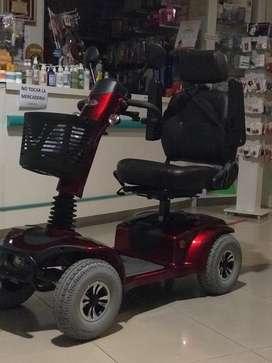 Vendo scooter terapeutico 4 ruedas