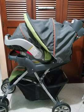 Hermoso coche y silla de carro marca graco unisex para bebés y niños